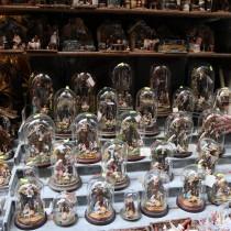 Presepi e statuine in Via San Gregorio Armeno